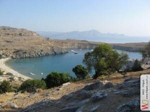 Pohled na přístav u města Lindos